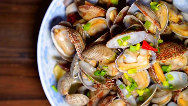 鲜嫩无敌的炒花蛤的做法