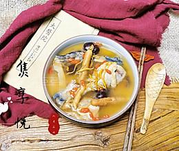 #憋在家里吃什么#人参虫草花桂圆红枣鸡汤的做法