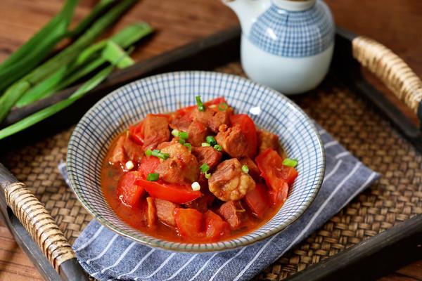 番茄炖牛腩的做法