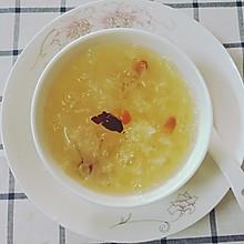 雪耳红枣枸杞糖水#电饭锅懒人美食#
