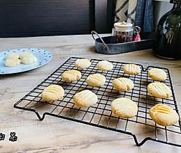 #福气年夜菜#酥到掉渣的黄油小酥饼的做法