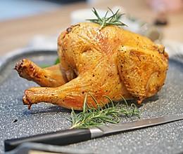 西餐|想拥有一只皮脆肉嫩的烤鸡吗 #父亲节,给老爸做道菜#的做法