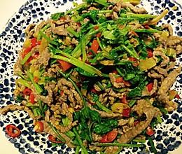 香菜双椒炒牛肉的做法