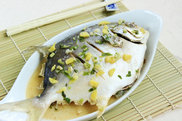 清蒸鲳鱼的做法