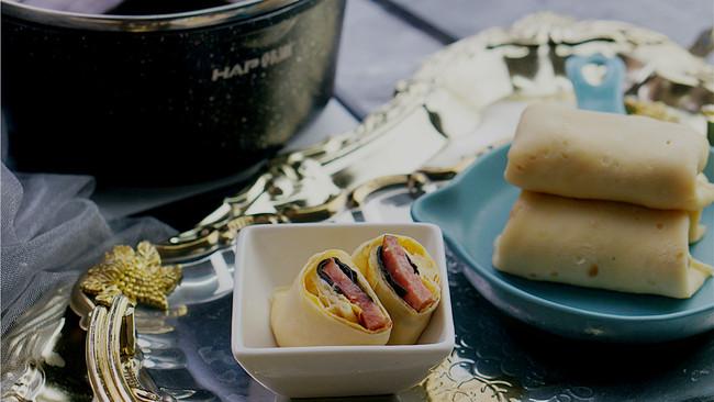 红肠蛋饼卷的做法