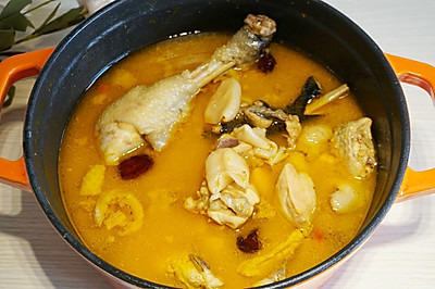 网红美食在家做|金汤花胶鸡