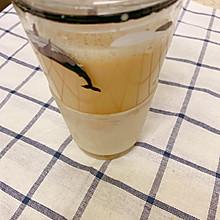 超级简单的焦糖奶茶