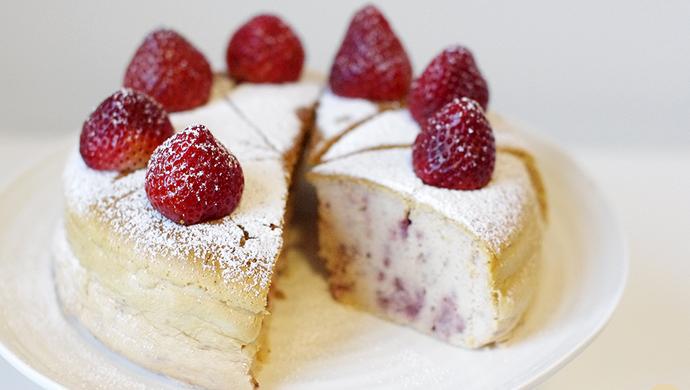 草莓轻乳酪蛋糕/轻芝士蛋糕