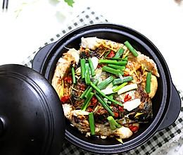快手家常菜:鱼头豆泡(炸豆腐)煲的做法