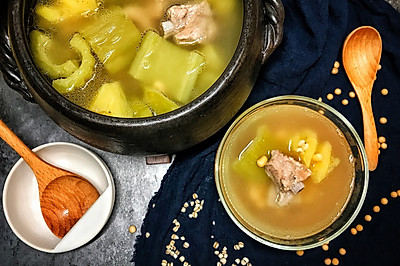 凤梨苦瓜排骨汤