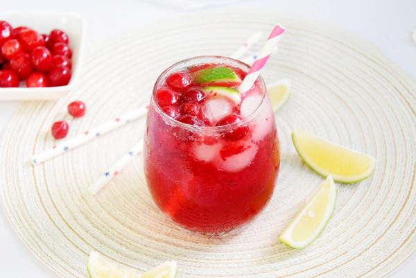 蔓越莓雪碧青柠饮