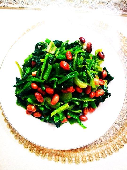 陈醋菠菜花生米~分分钟搞定的快手菜的做法