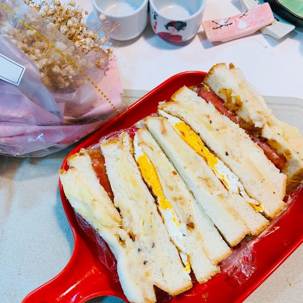 豪华土豆泥三明治的做法