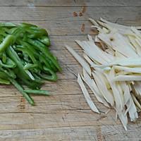 土豆丝炒胡萝卜丝的做法图解2