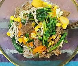 减脂肥牛金针菇蔬菜汤的做法