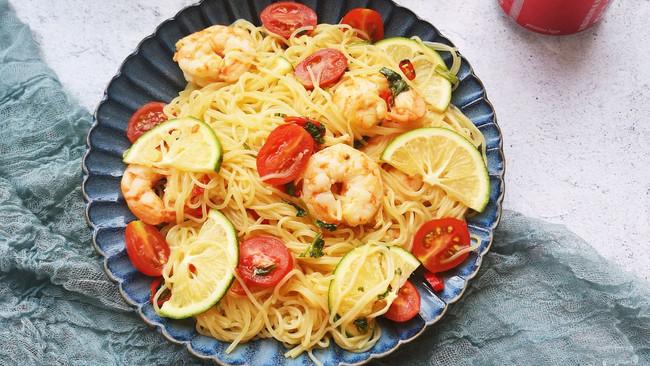 #爱乐甜夏日轻脂甜蜜#泰式海鲜沙拉的做法