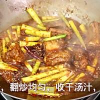 春季的美味【小笋烧排骨】 的做法图解8