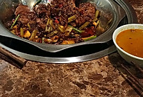 同利烧烤,猪蹄锅的做法