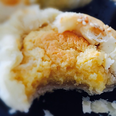 流沙酥皮月饼