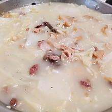 冬日暖锅-像牛奶一样白的大白菜羊杂汤