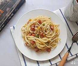 奶油干酪意大利面#硬核菜谱制作人#的做法