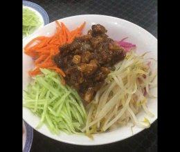 #肉食主义狂欢#老北京炸酱面的做法