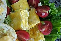 小番茄配芝士厚蛋烧#全民赛西红柿炒鸡蛋#的做法
