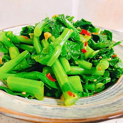 凉拌油菜苔