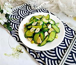 #餐桌上的春日限定#春季减脂餐:清炒小黄瓜的做法