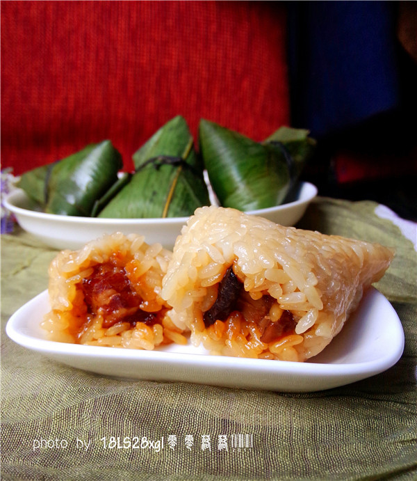 菜鸟也能包粽子:五香鲜肉粽的做法