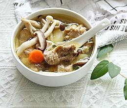 椰子水菌菇山药鸡汤的做法