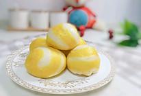 双色奶香小馒头:宝宝辅食营养食谱菜谱的做法