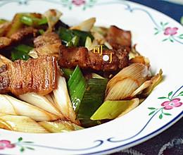 葱爆五花肉:百吃不厌家常菜的做法