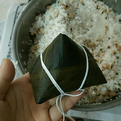 广式粽子的包法