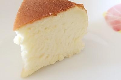 最简单的戚风蛋糕(电饭煲版——口感超级松软)
