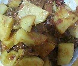 西红柿牛肉炖土豆的做法