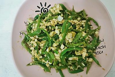 下饭菜:青椒炒咸鸭蛋