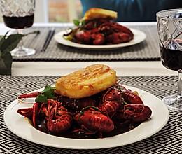 鄂味吮指麻辣椒香小龙虾的做法