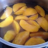 黄桃罐头的做法图解3