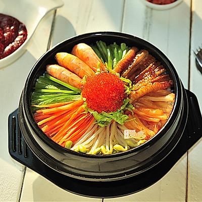 鲜辣过瘾的石锅海鲜饭(石锅拌饭好吃的秘诀)