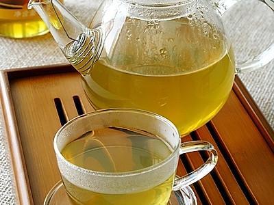荷叶山楂蜂蜜茶的做法
