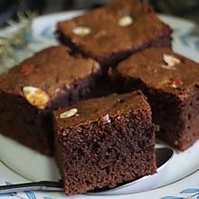 美式经典布朗尼蛋糕,口感扎实味道浓郁,简单0技巧,谁做谁成功
