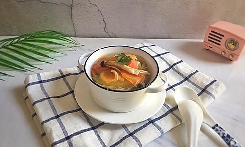西红柿冬瓜菌菇汤(清爽无油)的做法
