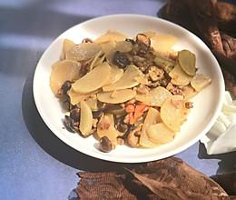 香菇炒萝卜的做法