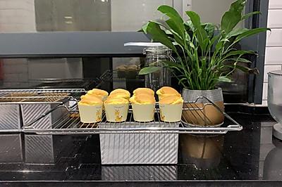 春日小可爱纸杯蛋糕