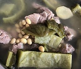 苦瓜黄豆煲排骨的做法