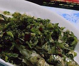 梅齐鱼烧咸菜的做法