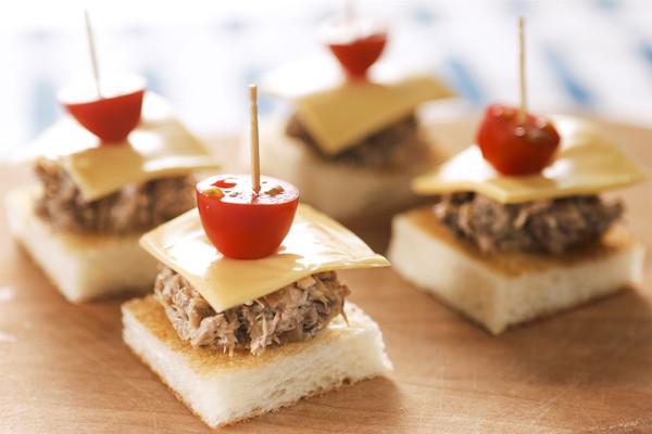 口袋三明治/迷你三明治/卷心菜三明治的做法的做法