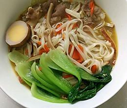 快手暖冬杂蔬羊肉汤面的做法