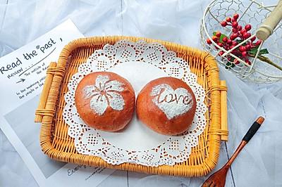 #硬核菜谱制作人#火龙果豆沙软欧面包